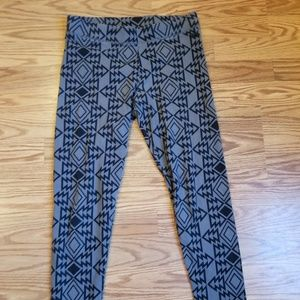 Victoria's Secret PINK leggings tribal print